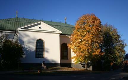 Vaxholms kyrka höstbild