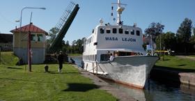 Båttur på Göta kanal med M/S Wasa Lejon från Berg till Borensberg