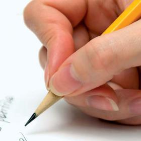 Här får du, nybörjare eller van skribent, chansen att tillsammans med andra skrivarsugna ägna dig åt kreativt skrivande under två dagars kurs på Idéfarmen i vackra Sörmland. Dator ej nödvändig.